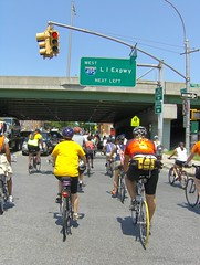 Tour de Queens (Joe Shlabotnik) Tags: nyc bike bicycle bicycling queens biking 2009 foresthills faved july2009 tourdequeens
