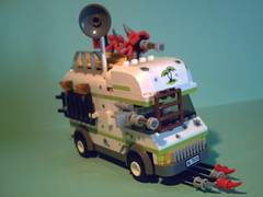 Apocamper Too much stuff? (WR Bricks) Tags: car lego poor apocalypse picture minigun apocalego apocamper