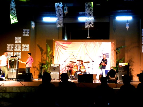Shah Alam  Persembahan Band