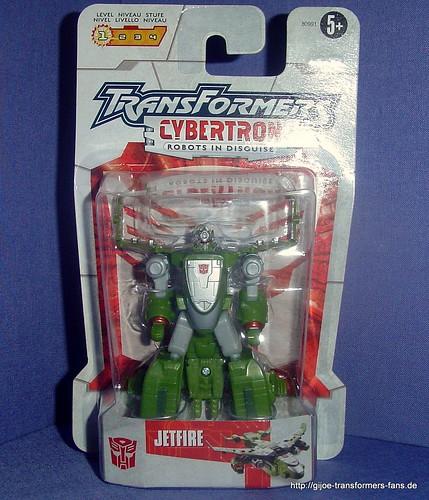 Jetfire   Cybertron Legends  Transformers 001