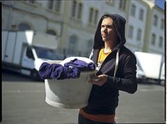 Laundry san (Sébastien Pourcel) Tags: kodak laundry bronica f28 75mm etrs zenza zenzanon ektar100 ikusan