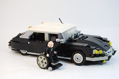 Dr. Nothing and his Citroen DS (lego911) Tags: auto car lego dr citroen ds agent nothing lugnuts moc janus foitsop