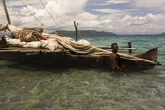 Piroga - Piragua - Pirogue Madagascar (rackyross) Tags: ocean sea naturaleza nature mar mare natura tropical madagascar tropico    nosybe  nosytanikely madagasikara