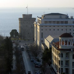 The White Tower, Thessaloniki, Greece (Tilemahos Efthimiadis) Tags: white tower cafe hellas greece macedonia 100views thessaloniki 200views ymca 50views whitetower openstreetmap makedonia         revolvingcafe osm:way=140156303 address:country=greece address:city=thessaloniki