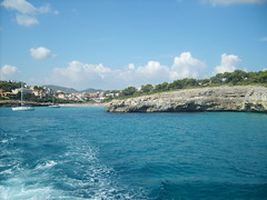 Sa Coma, Mallorca September 2008 (frosted_zebedee) Tags: sea holiday beach boat spain caves mallorca majorca sacoma sillot callamallor