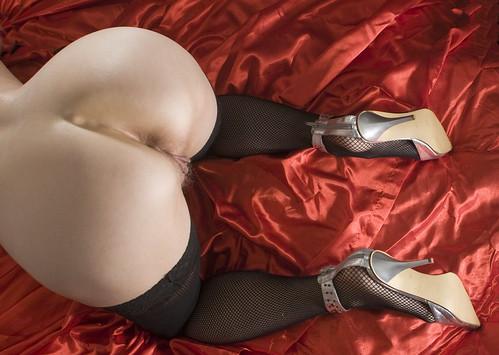 crazy girl anal masturbation porn pics: anus, heels, derriere, labia, ass, analsex, pussy