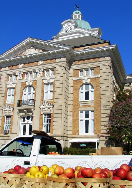 Farmers Market @ Giles Co. Courthouse
