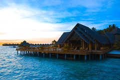 Baros Maldives (fazze') Tags: blue sunset sea asia resorts maldives baros nikond80 fazze flickraward
