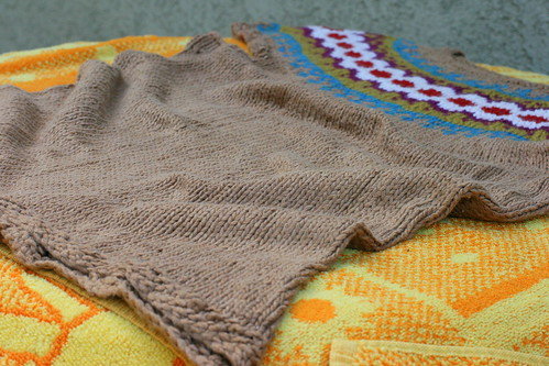 Fair isle yoke :: Stretched