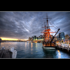 e n d e a v o u r (Pawel Papis Photography) Tags: city sunset lighthouse water museum photoshop buildings bay ship cityscape cs2 harbour sydney australia wharf nsw newsouthwales darlingharbour darling hdr maritimemuseum 3xp photomatix sigma1020 canon400d obramaestra
