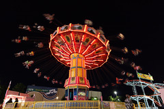 mexican hat dance (1600 Squirrels) Tags: california carnival usa night photo lenstagged ride tripod 1600squirrels eastbay sfbayarea nocal midway countyfair pleasanton alamedacounty alamedacountyfair xsi 3x2 canon1022f3545 450d alamedacountyfair2009 moo201005 moo201005land