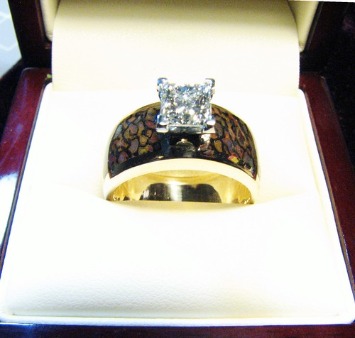 14k diamond and gembone ring