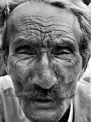 baavla, the charmer (nandadevieast) Tags: travel india man face wrinkles jaipur rajasthan anuragagnihotri nandadevieast
