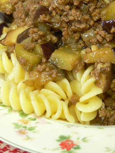 ナスと挽肉のパスタ カレー風味