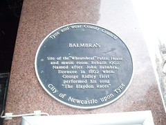 Photo of Balmbra's Music Hall, Wheatsheaf Public House and music room, and John Balmbra black plaque