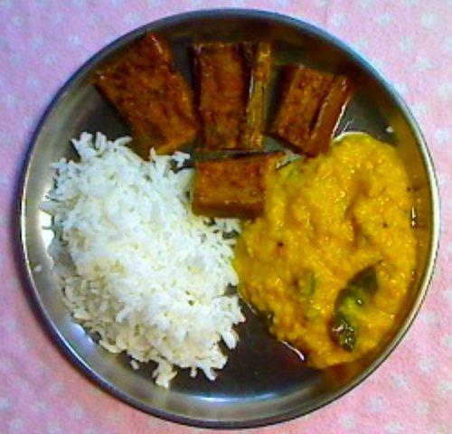 Mooger dal, Begun Bhaja and Rice