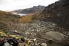 En trente ans la situation est passée d'une petite exploitation artisanale à une exploitation de masse avec usage de machine.  (La Rinconada, Puno, Pérou, août 2009)