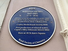 Photo of William Henry blue plaque