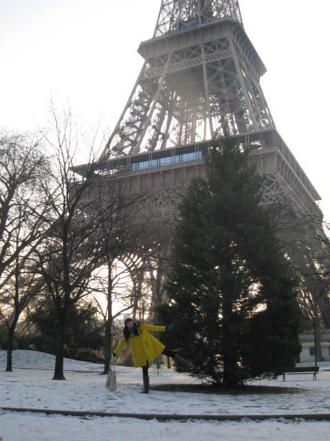 The Eiffel tower, the snow & me