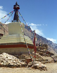 Rongbuk (reurinkjan) Tags: 2002 nikon tibet everest rongbuk tingri jomolangma janreurink rongphuchu བོད། བོད་ལྗོངས།