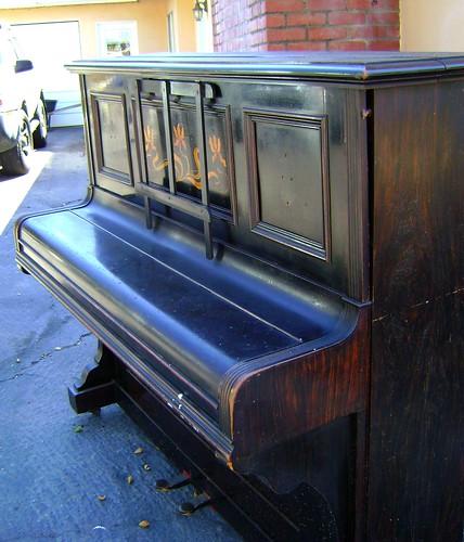 sidewalk piano