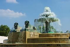 Paris Parc de La Villette 12 (paspog) Tags: paris parc lavillette parcdelavillette géode 5photosaday yourcountry