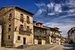 Santillana del Mar (Cantabria) Espaa (FJcuenca) Tags: espaa spain espagne cantabria santillanadelmar abigfave canoneos40d fjcuenca 100commentgroup tamron18270