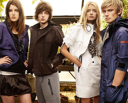 Burberry SS09 Campaigns_016(Burberry Official)