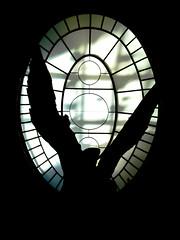 Victory always raises, even in the dark (Megas Aecio) Tags: light sky blackandwhite black paris building art blanco luz statue angel dark greek flying day arte darkness negro dia victory cielo estatuas estatua diosa godess
