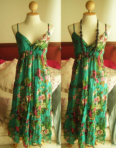 Vintage Forest Green Garden Floral Maxi Dress.