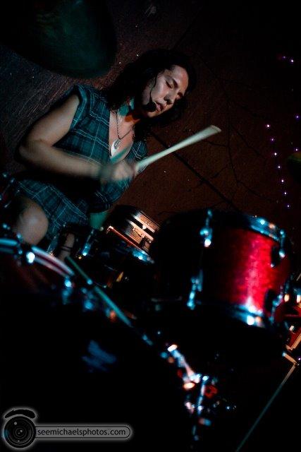 Lozen at the Radio Room 81109 © Michael Klayman-005