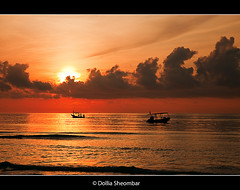 Crossing (DolliaSH) Tags: ocean trip morning travel light sunset sea vacation sun sunlight holiday hot tourism beach water colors clouds sunrise thailand boats atardecer dawn boat sand asia southeastasia tour place dusk bangkok kingdom tailandia paisaje visit location tourist thalande journey thai kohsamui tropical destination traveling visiting siam sonne fareast thailandia touring zonsopgang tailand longtailboats chawengbeach thaimaa thajsko constitutionalmonarchy