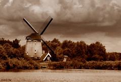 SEPIA (Liesbeth Feij) Tags: holland windmill sepia fun nikon zaanstreek twiskemolen liesbethfeij