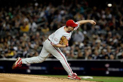 Cliff Lee hurls a spike curveball