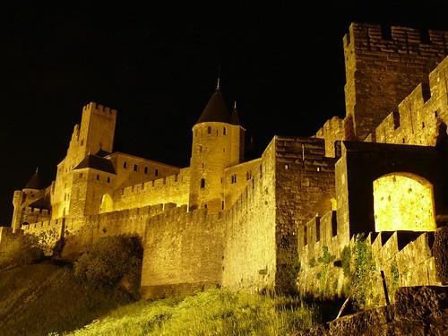 Carcassonne de noche (Carcassonne, Francia) por ti.