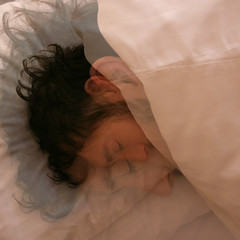 (mioke) Tags: sleeping man rose hotel bed head curtain hiding moki