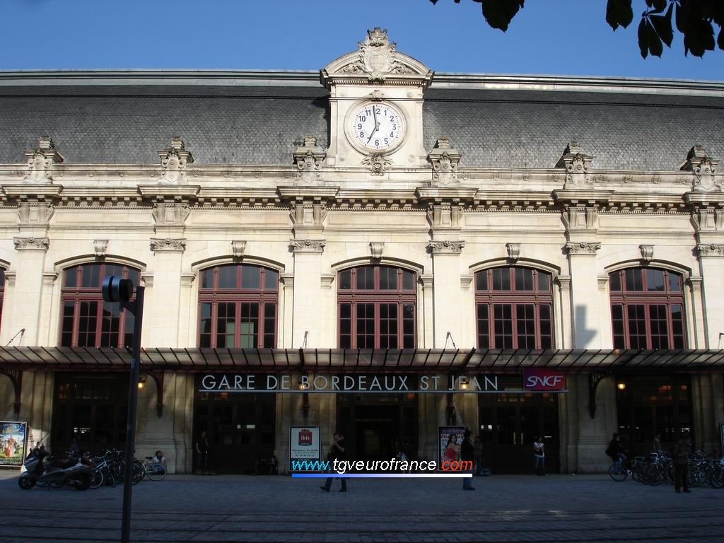 La gare SNCF de Bordeaux St-Jean (33000)