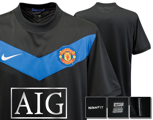 Manchester United 2009-10 change shirt
