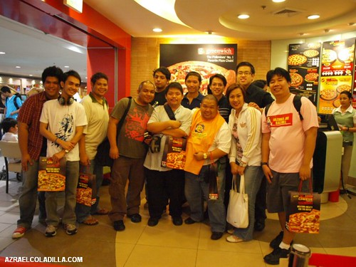 Cheesier the 2nd Time Around with Greenwich Extreme Cheese Pizzas For Men