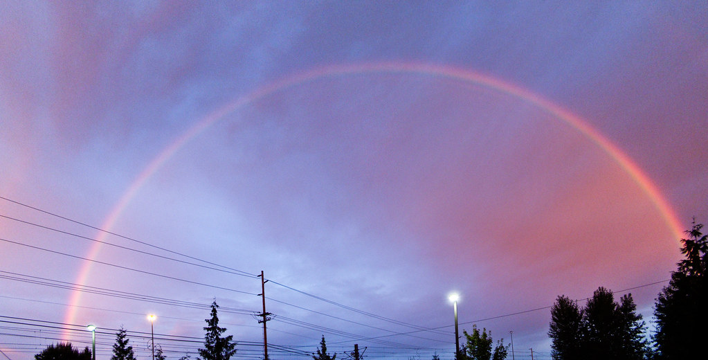 Full sunrise rainbow