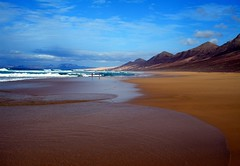 TO BE, NOW... (Claudia Gaiotto) Tags: ocean travel wild sky mountains beach colors clouds spain waves wind fuerteventura cofete islacanaria