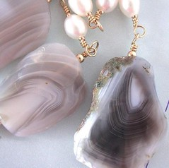 Botswana agate (with pearls)