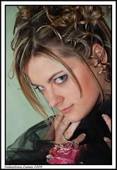 Sara (^^^Valentina Zama^^^) Tags: portrait beauty rose nikon makeup rosa occhi sguardo tuscany negozio hairdresser siena toscana hairstyle tulle ritratto viso bellezza torrita trucco riccioli acconciatura d80 parrucchiera