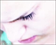 mascara..... (MiChaH) Tags: pink black eye face close lips mascara eyelash zwart visualart oog roze gezicht lippen wimper dichtbij wenkbrauw eyebrouw