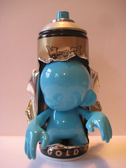 signature colour mutant munny (farkfk) Tags: montana fark kidrobot spraypaint custom limited fk vst munny farkfk vstcrew