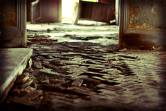 Broken floor (sabine_in_singapore) Tags: old house abandoned singapore decay villa istana woodneuk