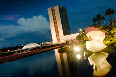 As belezas de Braslia (Xavier Donat) Tags: city light building niemeyer braslia brasil architecture night reflections symbol postcard capital modernism nopeople senado noturna federal congresso senate supremecourt monumental estado d300 itamaraty oscarniemeyer nationalcongress fotografianoturna congressonacional constitucional fotografianocturna explored