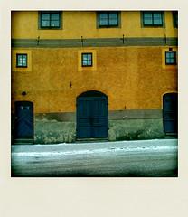349 (Georgios Karamanis) Tags: street door orange snow window yellow wall project polaroid sweden uppsala sverige 365 iphone polarize karamanis powmerantusenord
