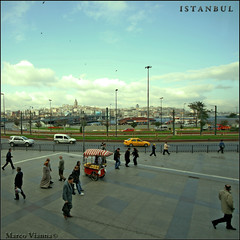Istanbul Magic Days (m@tr) Tags: canon turkey trkiye sigma istanbul turquia estambul beyolu yenicamii galatatower galatakulesi mezquitanueva yenimosque torregalata canoneos400ddigital mtr sigma1020mmexdc rtempaa beyondthefaith marcovianna galatakulesiistanbul istanbulmagicdays