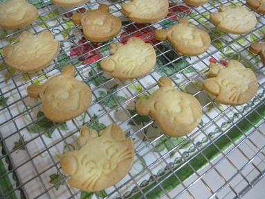 Marie and Pooh Butter Cookies